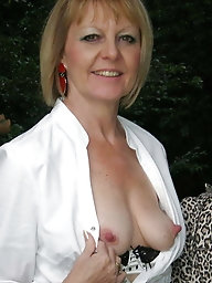 Desirable  mature gilf with hairy vagina