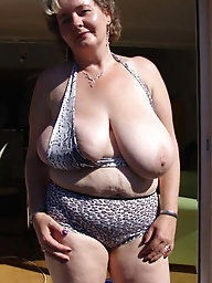 Feisty mature girls love a tasty boner very much